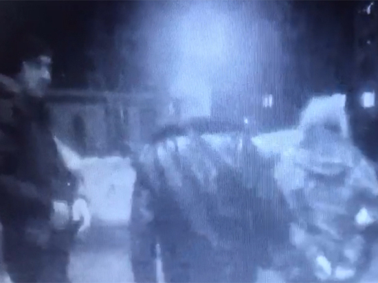 Загадочное нападение в метро: седовласый садист ранил охранника