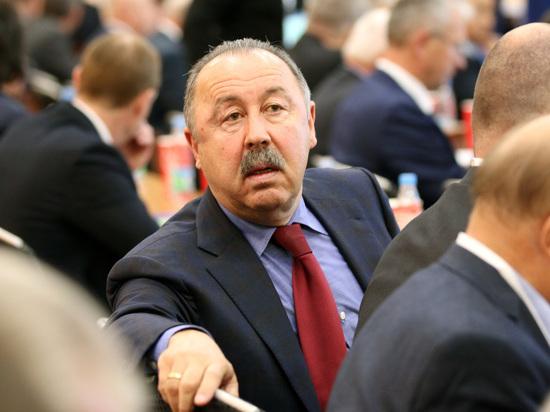 Газзаев выругался в ответ на вопрос об усах Грудинина