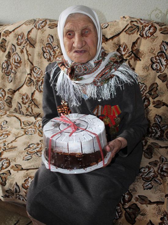 Жительница Бишкека празднует свою вековую дату