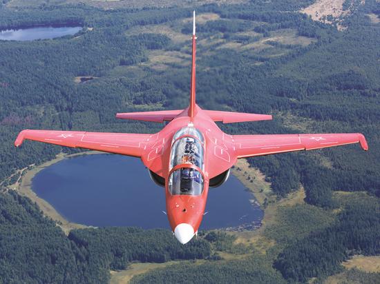 Почему российский Як-130 пока уступает итальянскому собрату