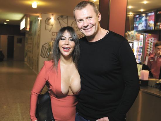 Елена Беркова показала грудь и амбиции