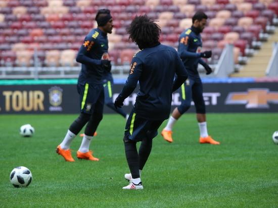 Футбол, Россия - Бразилия: что мы можем противопоставить кудесникам мяча