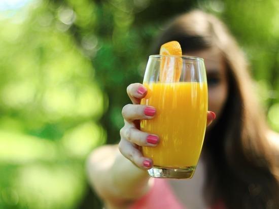 Учёные предупредили о смертельной опасности фруктовых соков