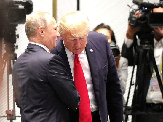 Экс-глава ЦРУ объяснил поведение Трампа: «у русских что-то есть»