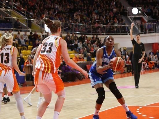 Русская женская баскетбольная классика: Екатеринбург на 40 очков сильнее Курска