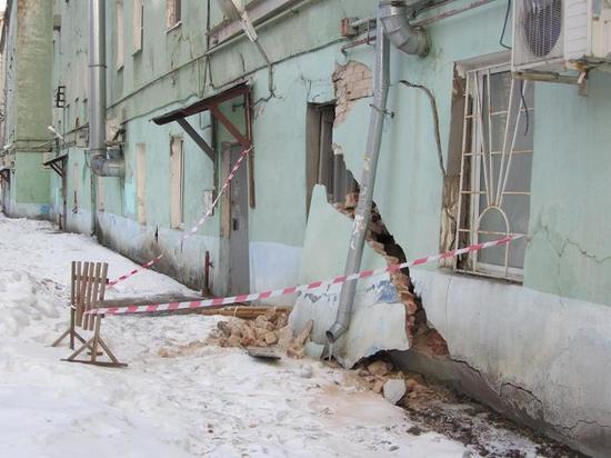 В Твери обрушилась стена дома, в котором останавливался Островский