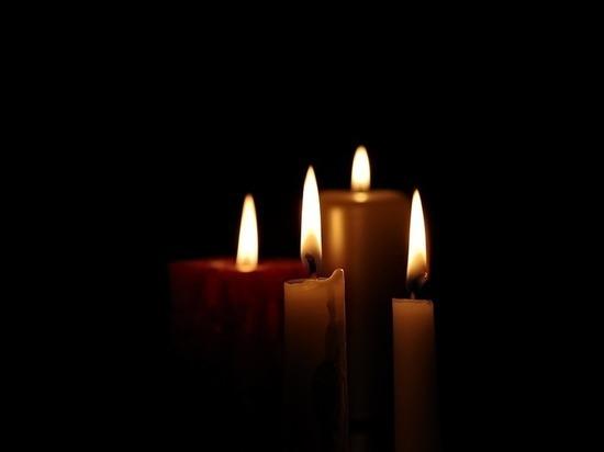 В Курске сотрудники Росгвардии почтили память погибших в Кемерово