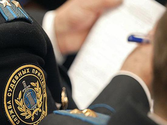 У тамбовчанки арестовали имущество за долги по кредитам