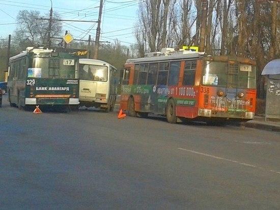 После введения платных парковок многие воронежцы пересядут на общественный транспорт