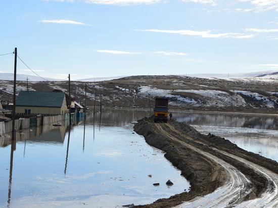 В Кызылском районе Тувы продолжаются работы по устранению последствий подтопления талыми водами