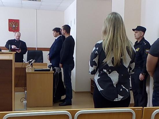 В Кизеле супружеская пара осуждена за совершение преступлений в отношении сотрудников полиции