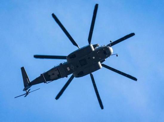 Пилота вертолета оштрафовали за парковку на автостоянке в центре Тамбова