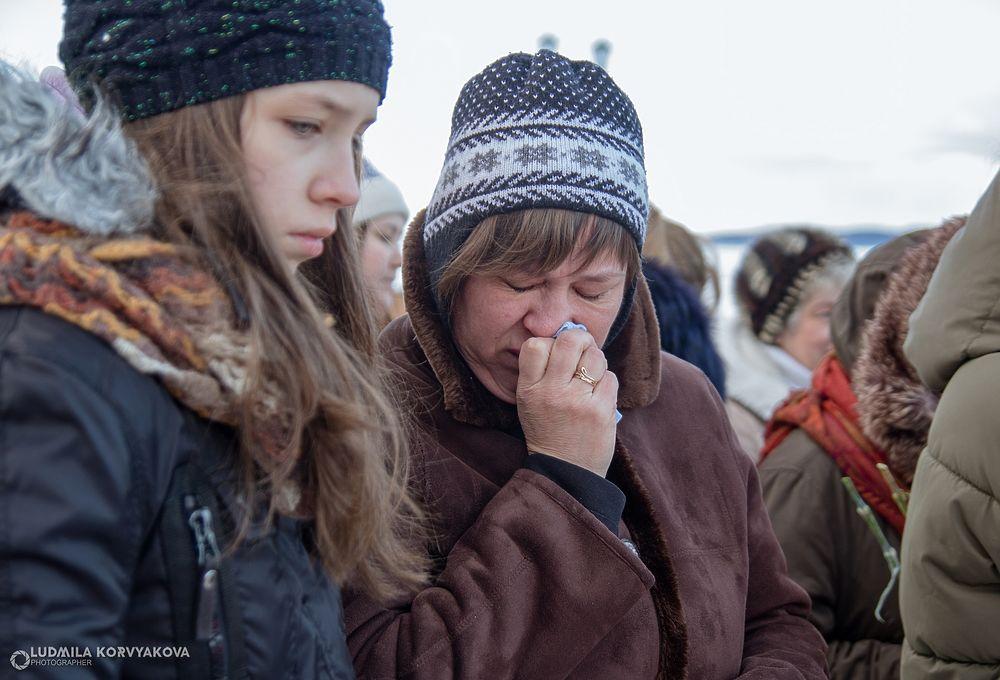 Кемерово, держись, Карелия с вами: в Петрозаводске прошла акция в память о трагедии