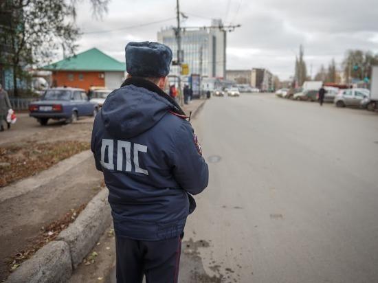 В Ульяновске иномарка влетела в столб