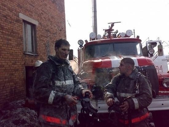 При пожаре в Усть-Куте 10 человек были спасены из смертельной ловушки