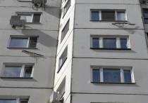 В Москве школьник выпал с 8 этажа и не пострадал