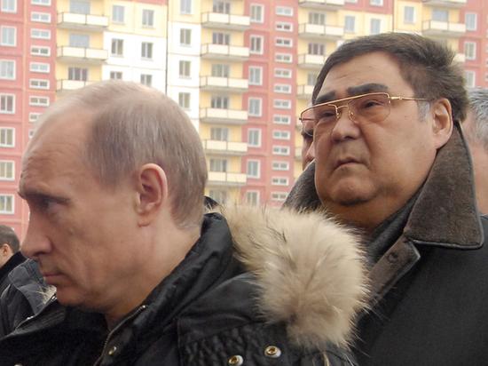 Уволенному Тулееву оставили резиденцию, зарплату и помощника