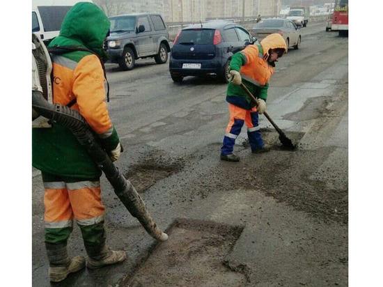 За неделю «заплатки» установили на 772 кв. м чебоксарских дорог