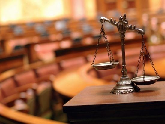 В Ульяновске будут судить экс-полицейского, набравшего взяток на 12 миллионов рублей