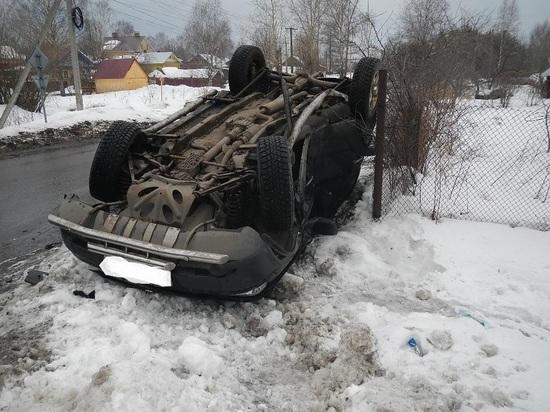 Три девушки пострадали в ДТП в Костроме