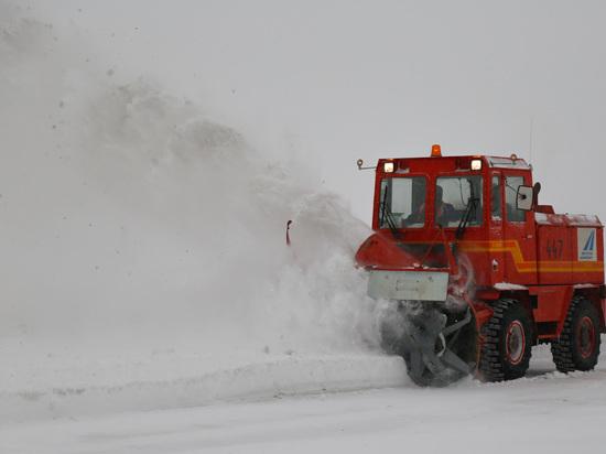 Аэропорт «Якутск»: обильный снегопад не повлиял на расписание рейсов