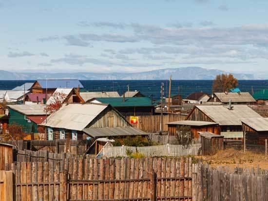 Жителей прибрежных байкальских деревень вывели из зоны