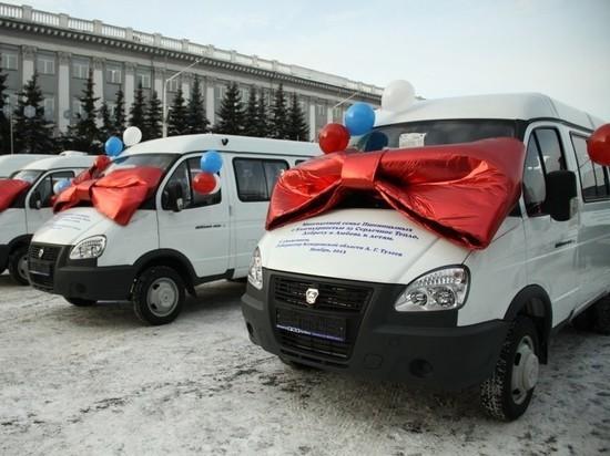 В Кузбассе начали стирать упоминания о Тулееве: первыми «зачистили» автобусы