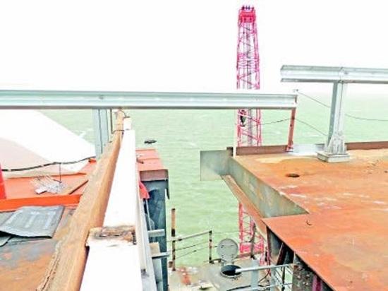 Автодорожная часть Крымского моста построена на 90%