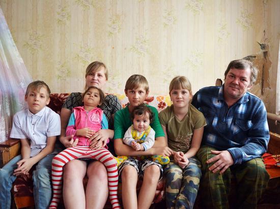 Журналисты Соловьев и Шевченко забыли помочь астраханской многодетной семье?