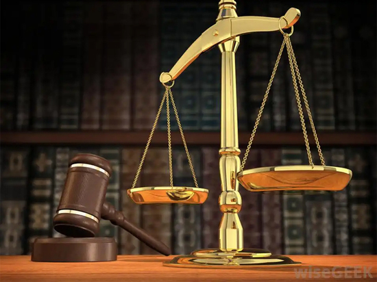 Топ-менеджеры обанкротившегося уральского банка предстанут перед судом