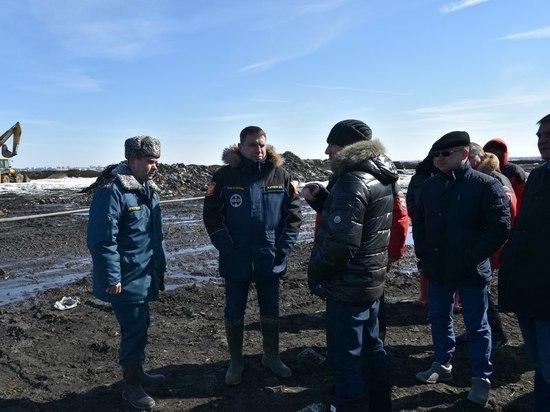 На полигоне ТБО «Лесная» проверили ход проведения работ по дегазации