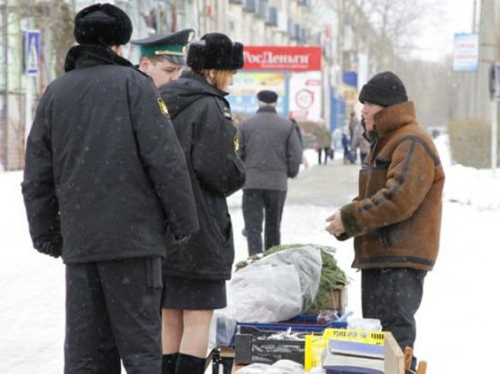 Одежда, рыба и сало одними руками: в Северодвинске прошерстили лоточников