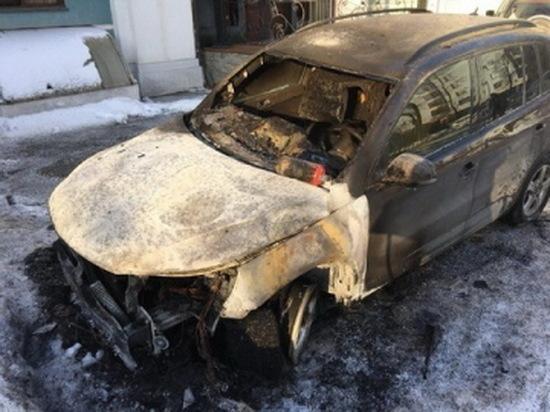 Полиция Казани задержала поджигателя иномарки