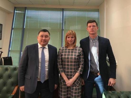 Гендиректор аэропорта «Якутск» Николай Местников помог детской баскетбольной команде
