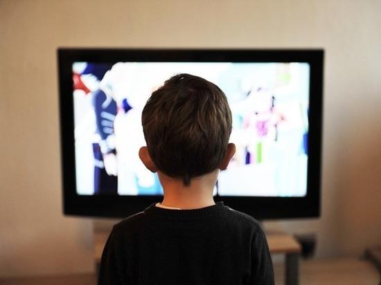 За сутки два телевизора упали на детей, один ребенок погиб