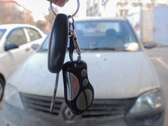 Соль под ковриком: московские полицейские выявили новый изощренный вид автомошенничества