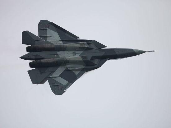 В воздушном параде над Москвой впервые пролетят истребители пятого поколения Су-57