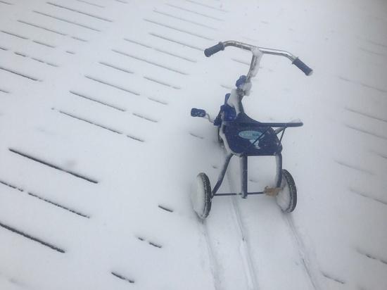Снег осложнил дорожную обстановку в Приморье