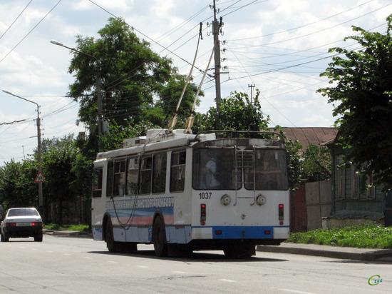 В Тамбове при входе в троллейбус пассажирку ударило током