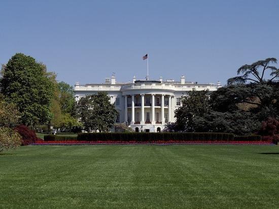 Зачищают рынок: эксперты объяснили новые санкции США в отношении России