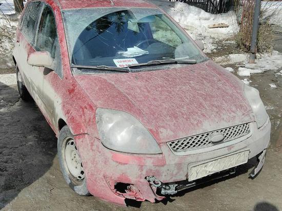 В Чебоксарах задержали пьяную компанию на Ford Fiesta, пытавшуюся украсть водку