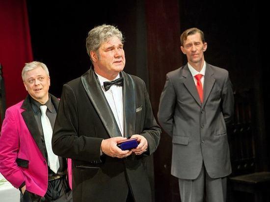 Народный, заслуженный и новый: в карельском театре драмы тройной праздник