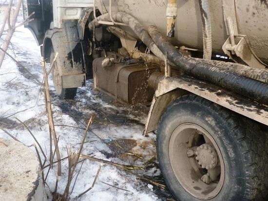 В Татарстане арестована ассенизационная машина при попытке водителя слить нечистоты в систему водоотведения