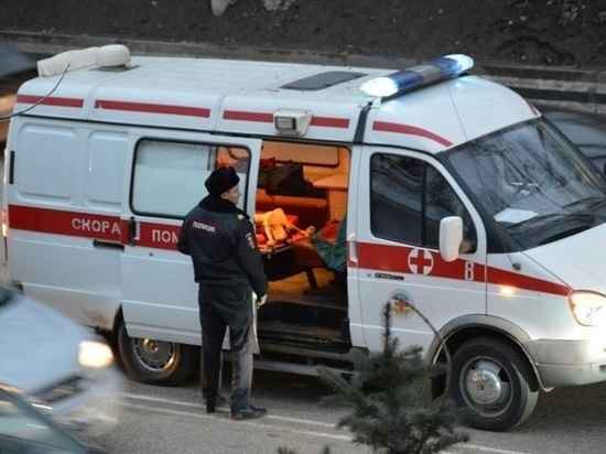 В Казани машина скорой помощи столкнулась с иномаркой