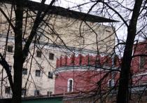 Заключенного «Бутырки» насмерть придавило воротами