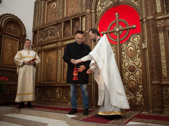 Благодатный огонь доставили в храм жилого района «Гармония» близ Ставрополя