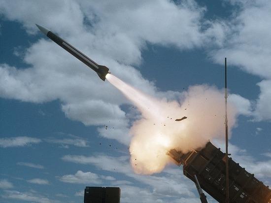 По военной авиабазе в сирийском Хомсе нанесен ракетный удар