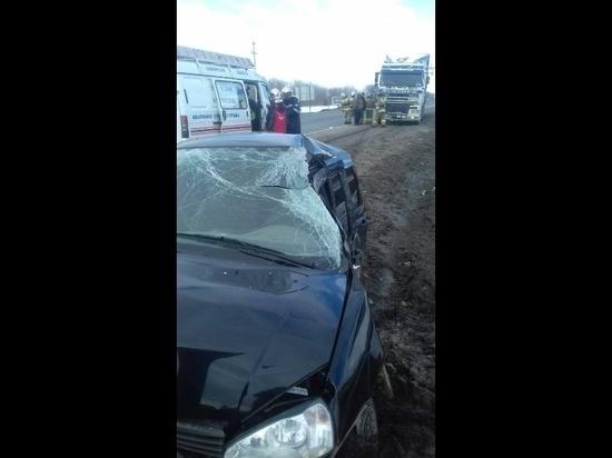Под Сызранью фура врезалась в «Калину», пострадал водитель легковушки