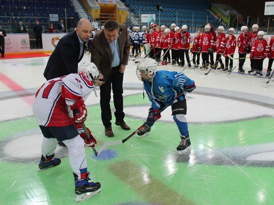 Юные хоккеисты из России и Чехии начали борьбу за Кубок SKODA