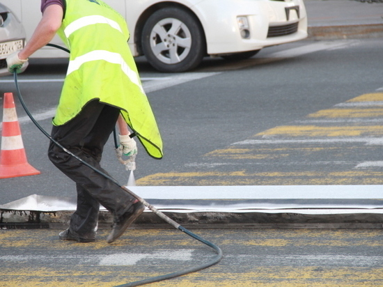 Ремонтировать дороги Владивостока начнут на этой неделе